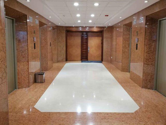 https://edificiocalle100.com.co/wp-content/uploads/2021/02/edificio-calle-100-lobby-640x480.jpg